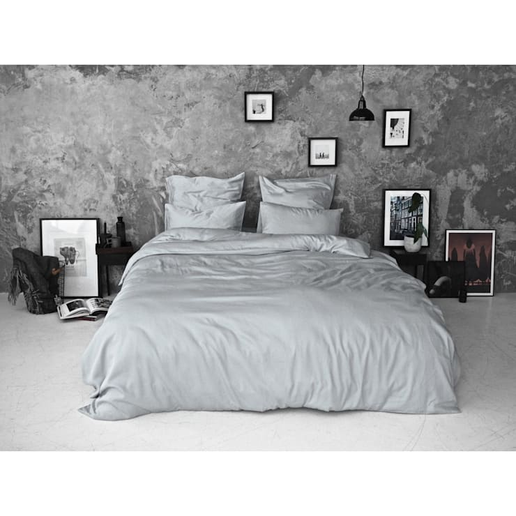 Sateen Duvet Set - Light grey:  Bedroom by Bedroommood