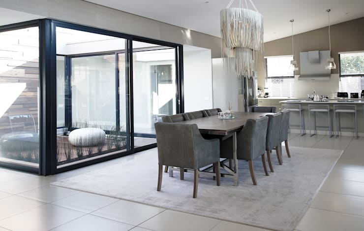 Dining room by JSD Interiors, Modern Tiles