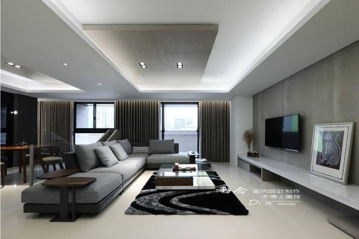 客廳/木纖水泥板/大理石/現代風:  客廳 by 木博士團隊/動念室內設計制作