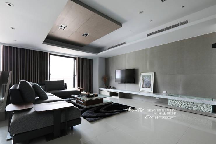 客廳/大理石/現代風:  客廳 by 木博士團隊/動念室內設計制作