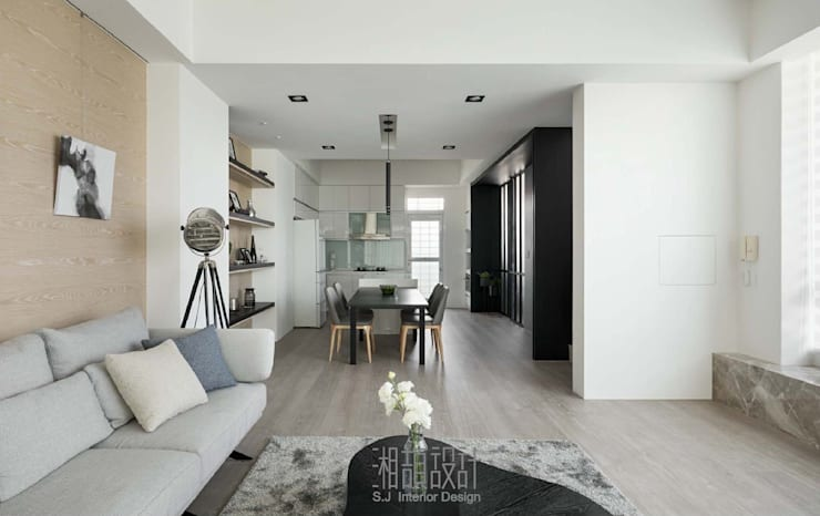 簡約線性的規劃:  客廳 by 湘頡設計