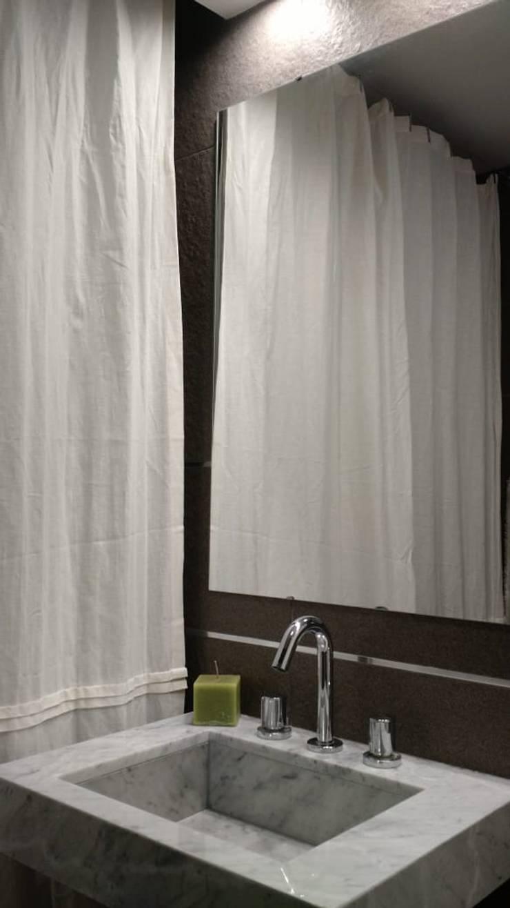 Baño completo: Baños de estilo  por Arquimundo 3g - Diseño de Interiores - Ciudad de Buenos Aires,