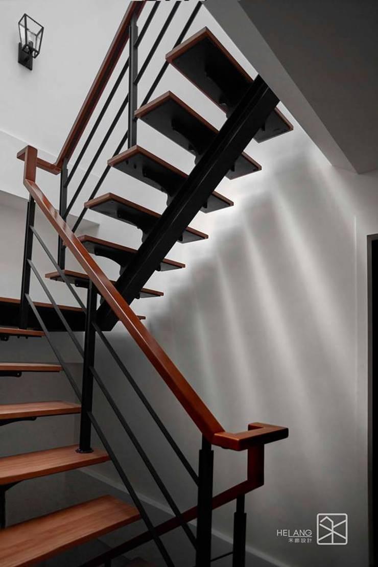 龍骨梯:  樓梯 by 禾廊室內設計