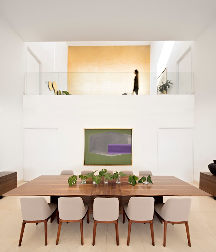 Dining room by GLR Arquitectos