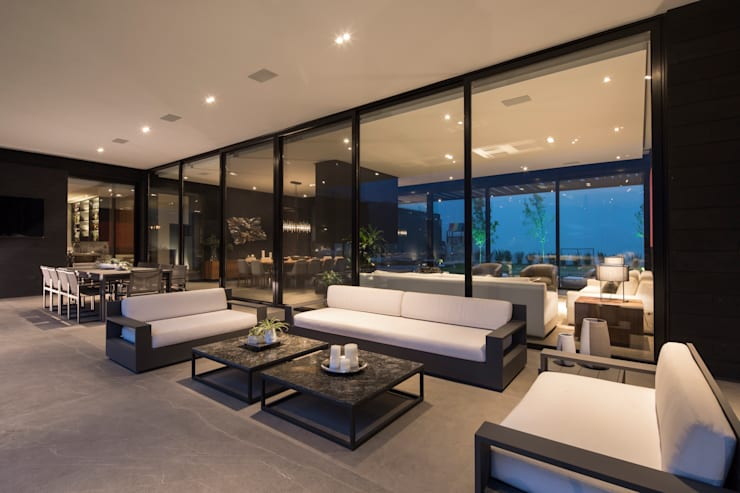 Terrace by GLR Arquitectos