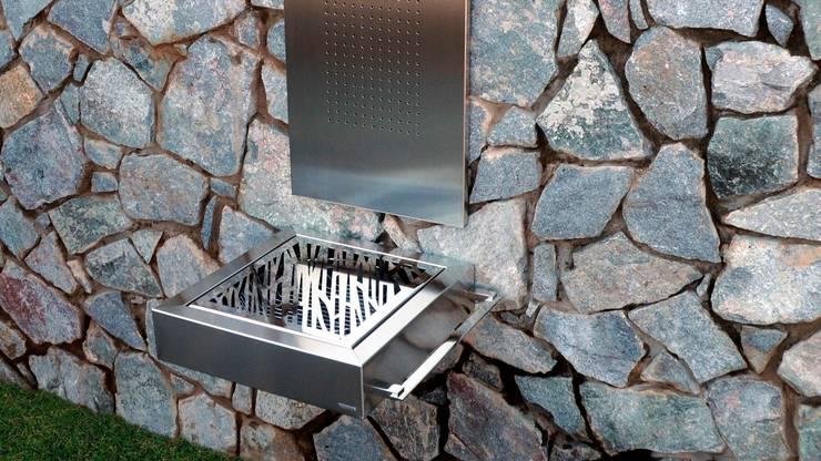 Outdoor Kitchen:  Garden  by Atria Designs Inc.