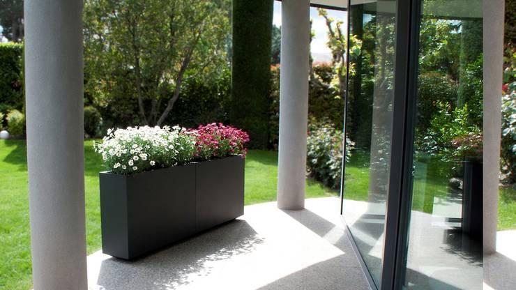 Planters:  Garden  by Atria Designs Inc.