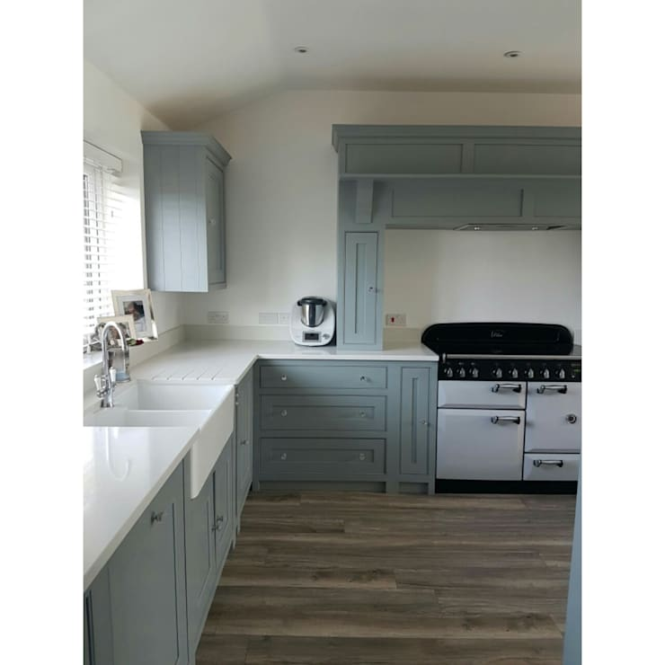 Belfast Sink and Range Cooker:  Kitchen units by Classic Kitchens Direct