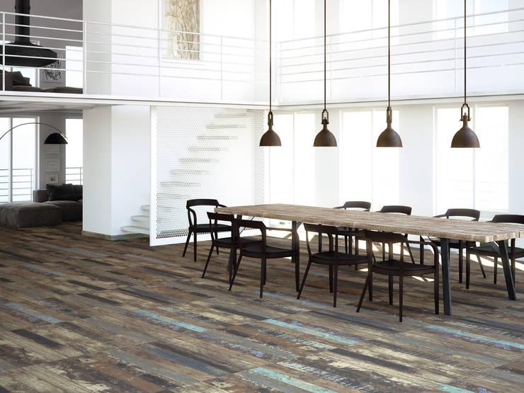 Paredes y suelos de estilo  por Kavana Revestimientos