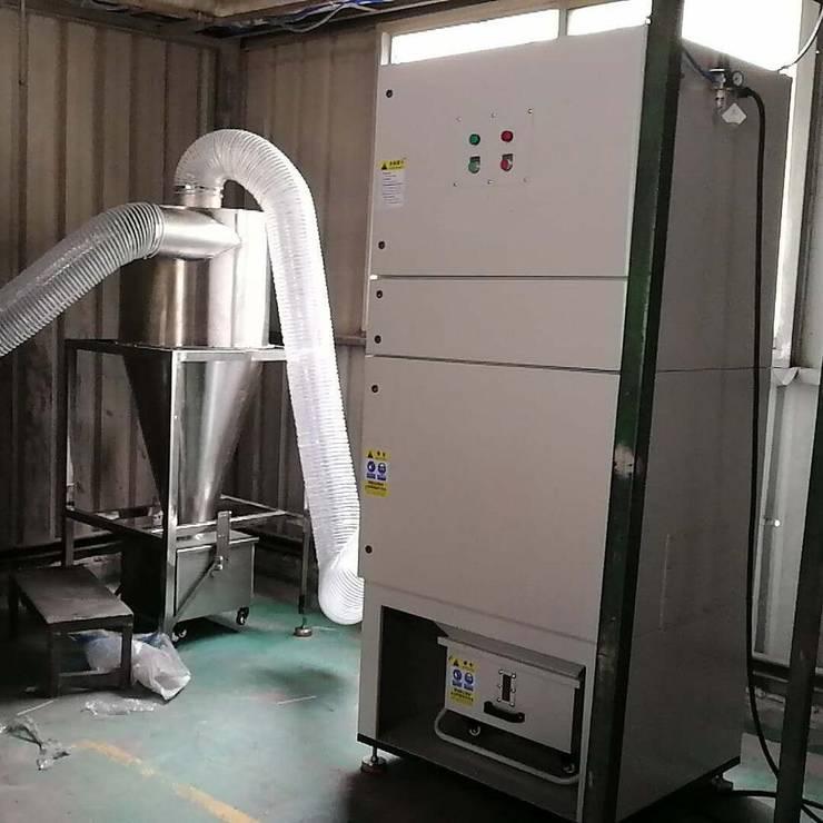 Tủ Dust Collector tại nhà xưởng:   by Công Ty Thiết Bị Công Nghiệp Thuận Phong - TPclean