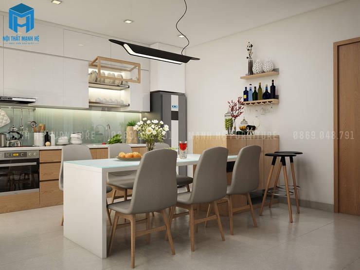Phòng bếp nhỏ nhưng lại được trang bị khá đầy đủ vật dụng cần thiết:  Phòng ăn by Công ty TNHH Nội Thất Mạnh Hệ