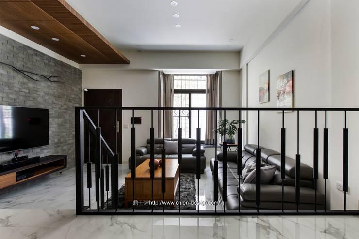創意欄杆:  樓梯 by 鼎士達室內裝修企劃
