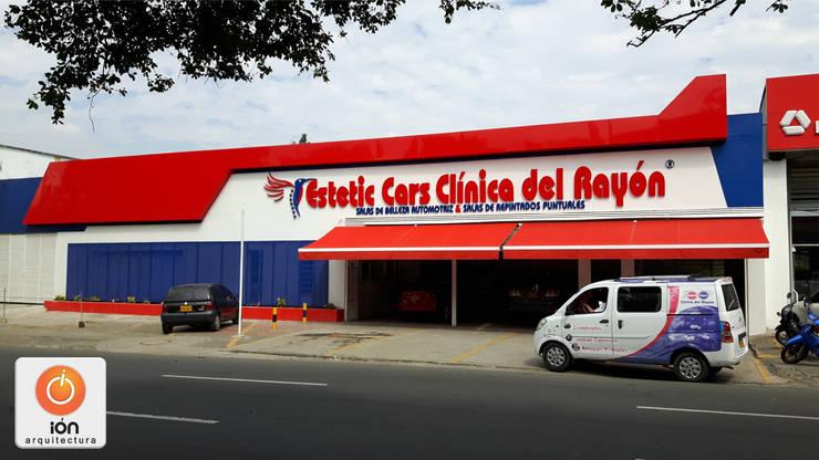 CLINICA DEL RAYON / Reciclaje Arquitectonico / Cali, Colombia: Bodegas de estilo  por ION arquitectura SAS, Minimalista