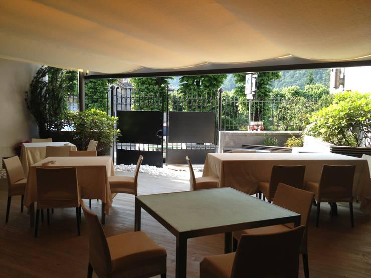 Modern offices & stores by BENDOTTI ZAMBONI Tecnici Associati Modern Wood Wood effect