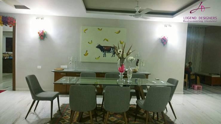 Home Bar: modern Dining room by Interio Grafiek