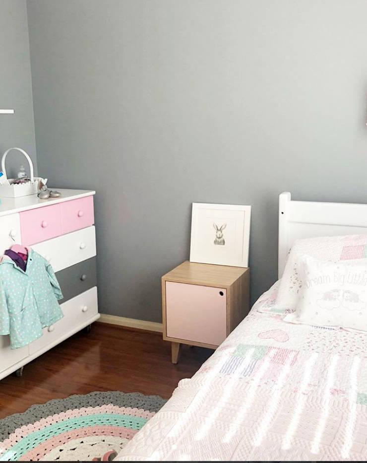 Vista General Dormitorio: Hogar de estilo  por Moon Design