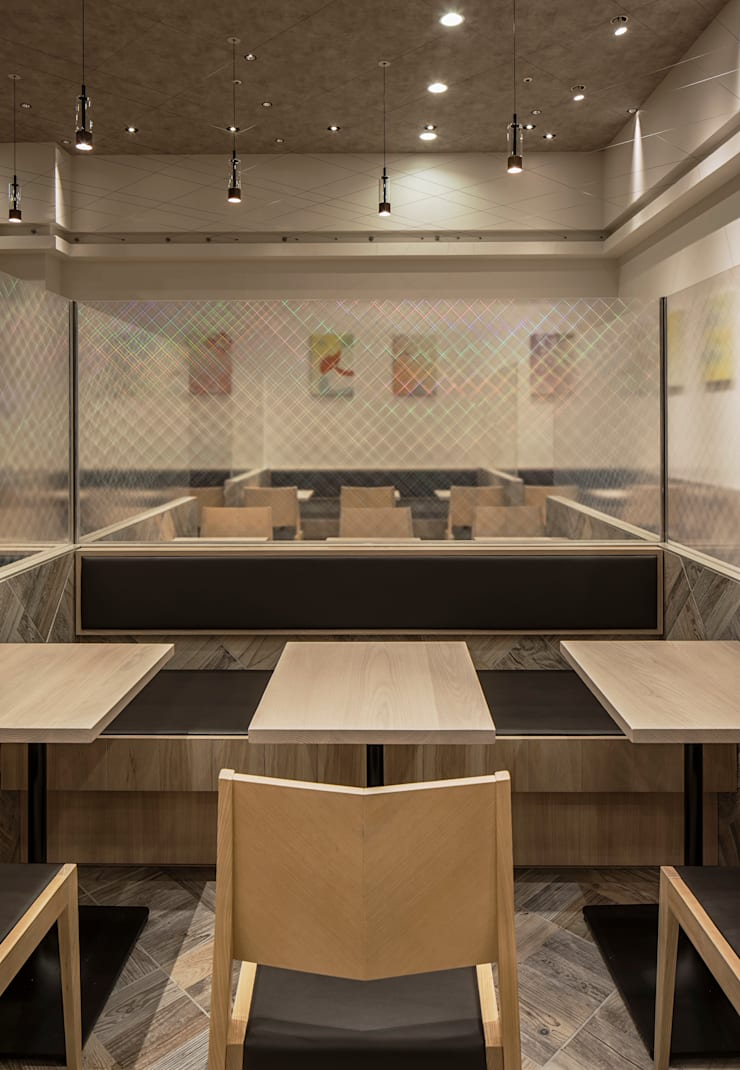 Commercial Spaces by 株式会社KAMITOPEN一級建築士事務所, Modern Copper/Bronze/Brass