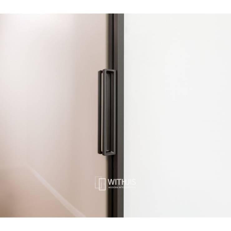 슬라이딩 도어 핸들: WITHJIS(위드지스)의  유리 문,