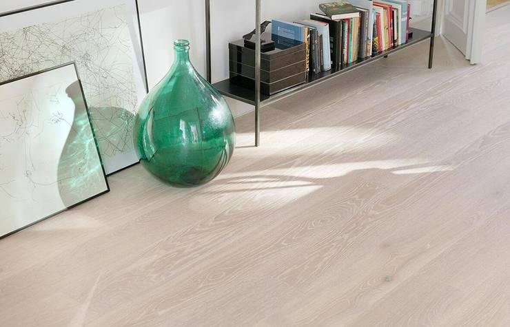 Tarkett地板法國進口品牌,現代高端品質生活:  客廳 by 北京恒邦信大国际贸易有限公司