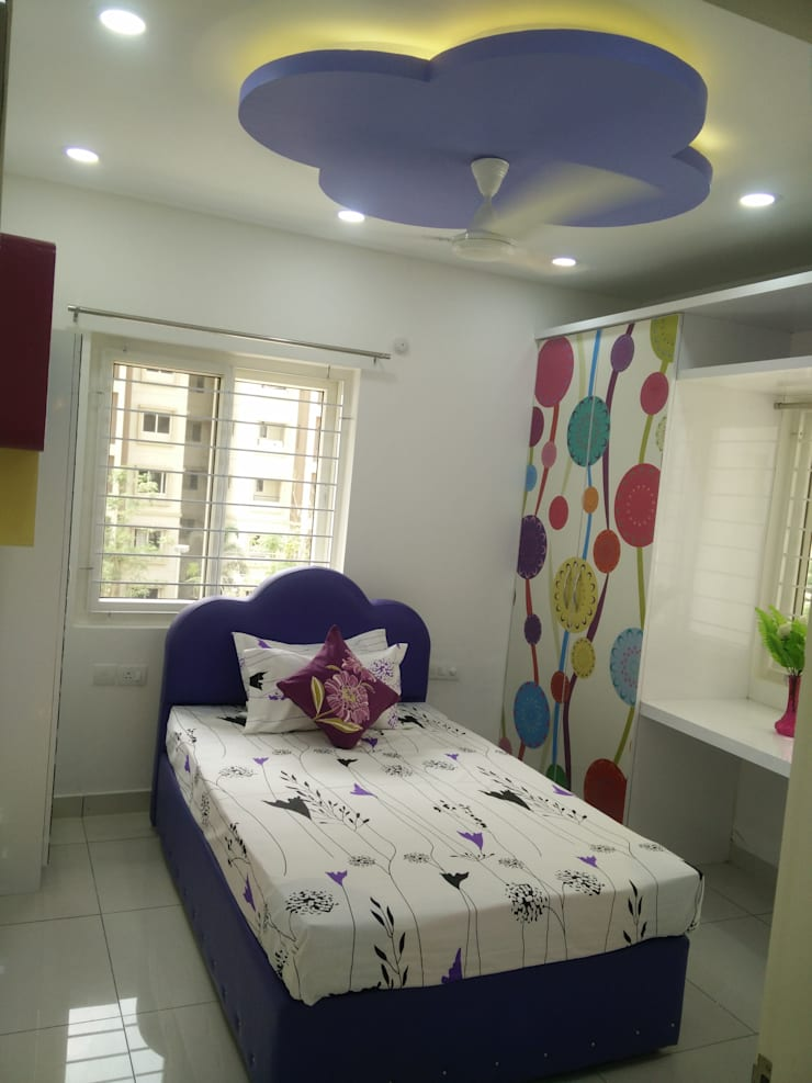 Mr Surajit Aparna cyberzone 3bhk :  Girls Bedroom by Enrich Interiors & Decors