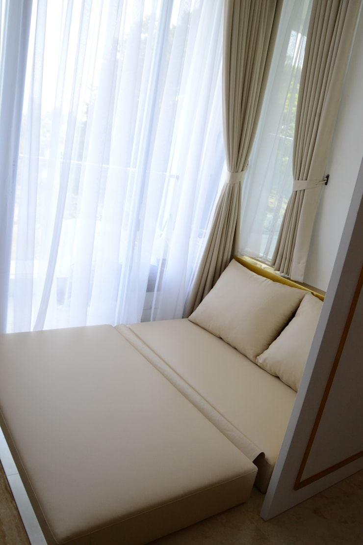 Sofa Bed II:  Kamar Tidur by POWL Studio