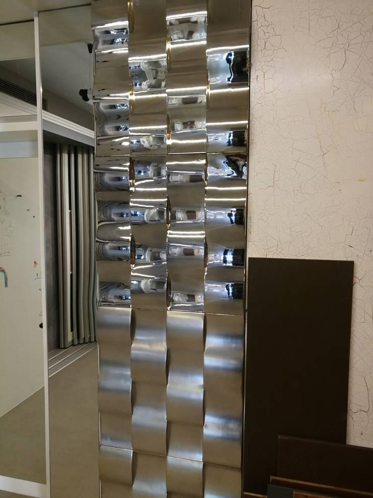 в . Автор – Loft Design System Deutschland - Wandpaneele aus Bayern, Классический