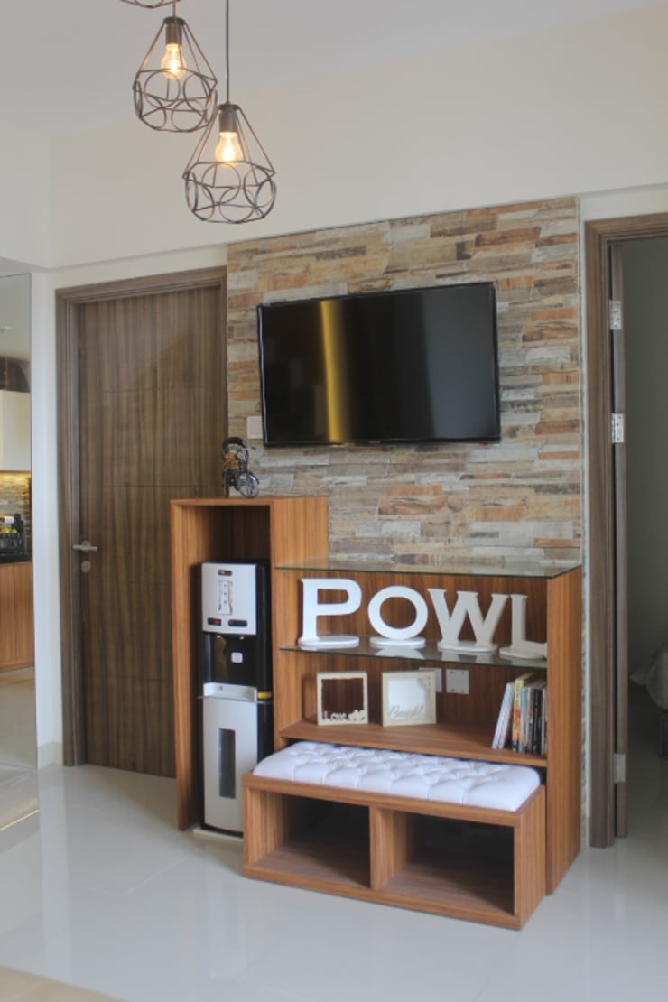 Galeri Ciumbuleuit III – Tipe 3 bedroom: modern Living room by POWL Studio