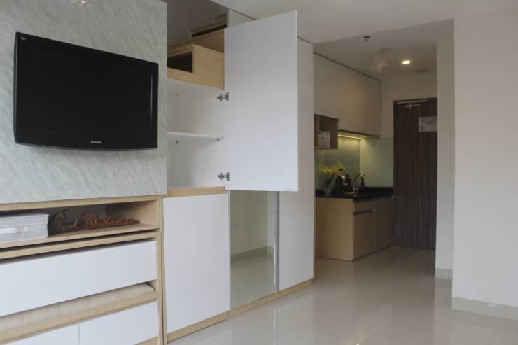 Galeri Ciumbuleuit III - Tipe Loft:  Household by POWL Studio