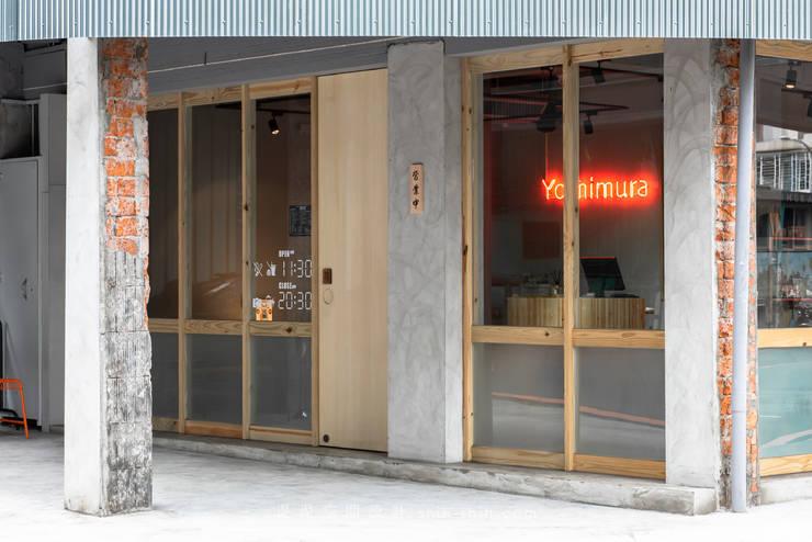 Entrance:  餐廳 by 湜湜空間設計