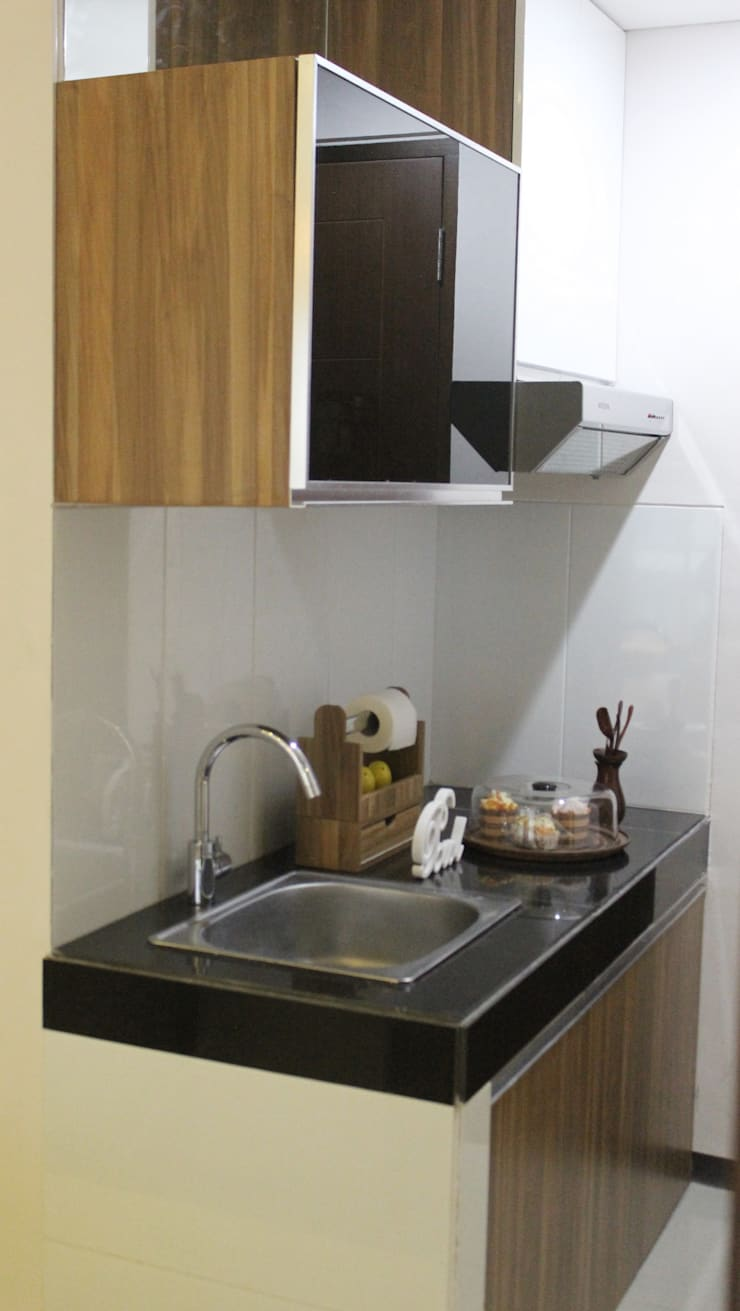 Kitchen units by POWL Studio,