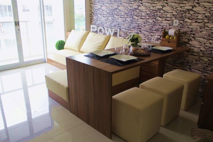 Dining room by POWL Studio,