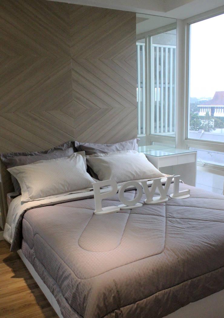 Landmark 2 Bedroom Design 2:   by POWL Studio
