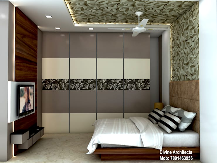 Bedroom interior design for mr. Shyam Gupta Bikaner Rajasthan:  Bedroom by divine architects