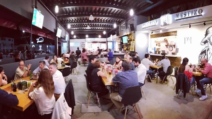 Interior general: Restaurantes de estilo  por NUV Arquitectura