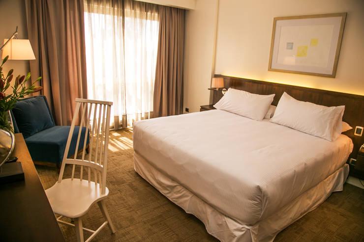 Vista General Dormitorio: Dormitorios de estilo  por Moon Design