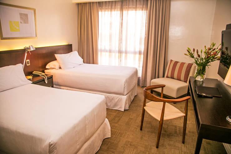 Vista General Dormitorio 2: Dormitorios de estilo  por Moon Design