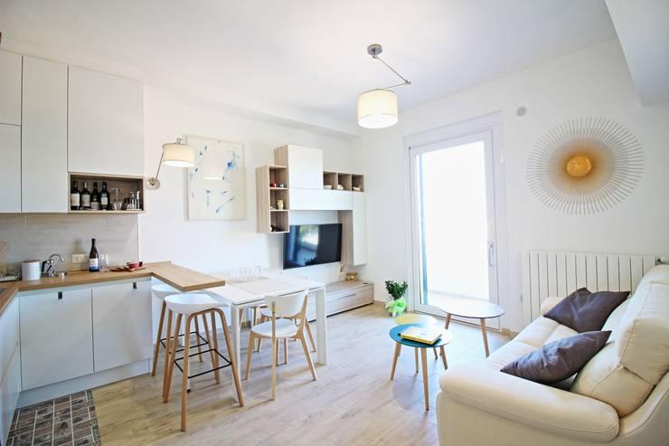 Cucina Soggiorno Mini Appartamento von Ferdinando Gentile ...
