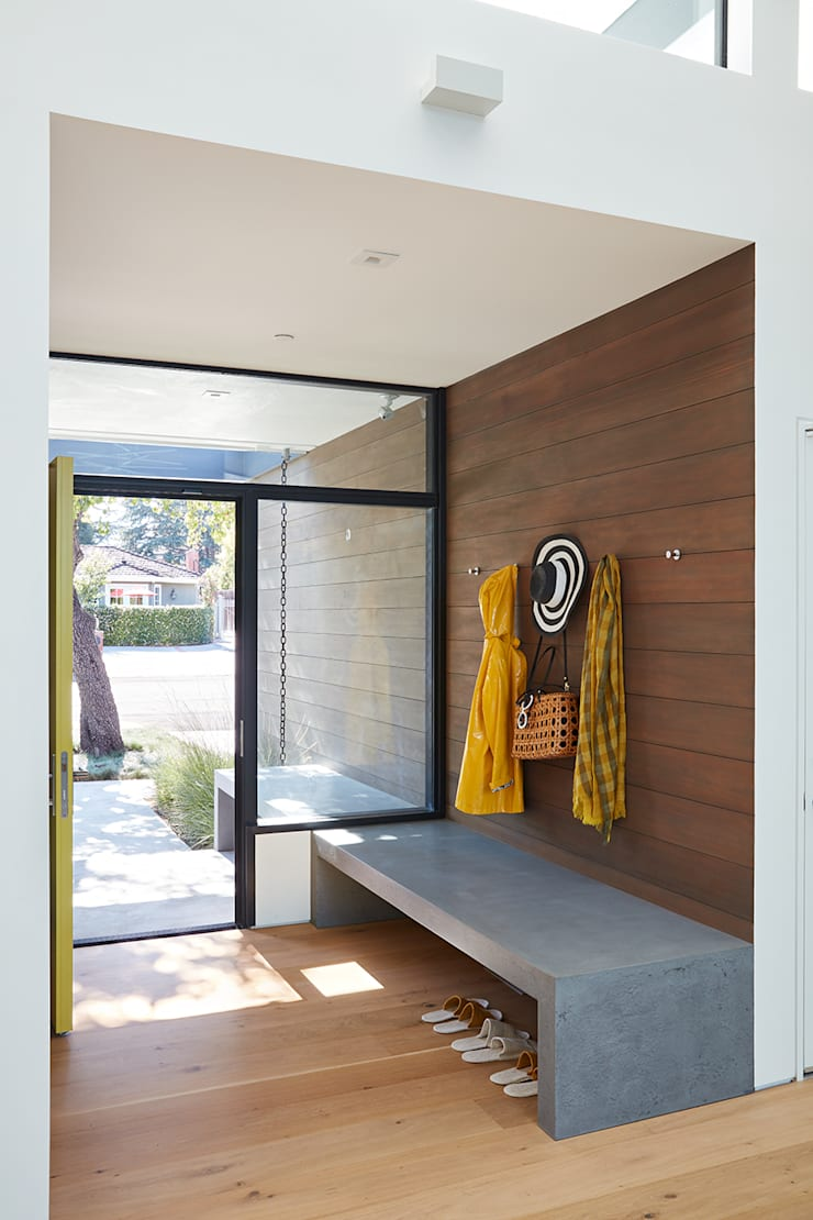 Los Altos New Residence By Klopf Architecture:  Corridor & hallway by Klopf Architecture
