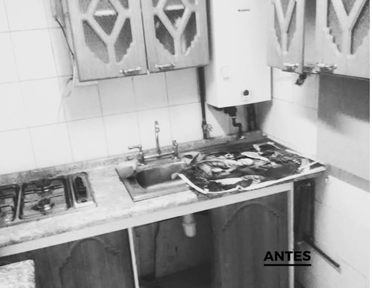 'Antes' de Cocina:  de estilo  por Lagom Studio