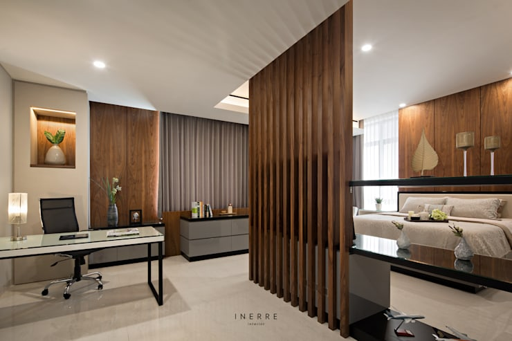 Master Bedroom & Office:  Kamar Tidur by INERRE Interior