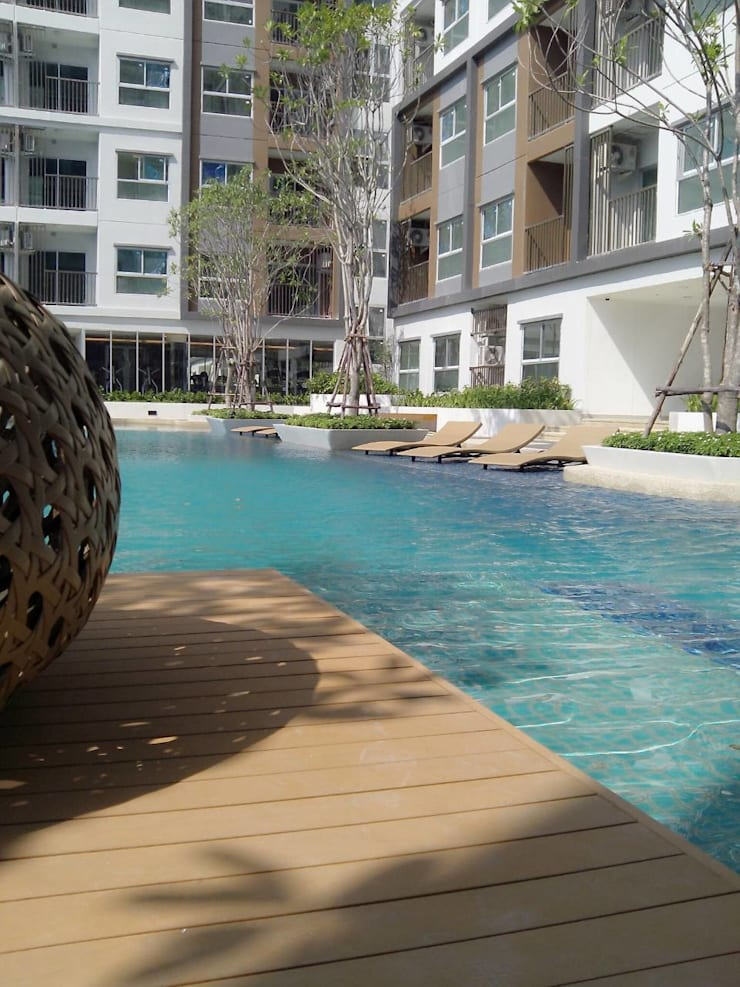 THE TRUST CONDO:  สระว่ายน้ำ by QWOOD by AN EMPIRE