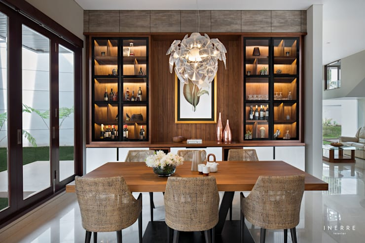 modern Dining room by INERRE Interior