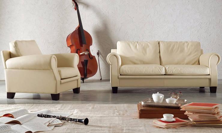 Poltrona Frau家具意大利現代簡約風格家具品牌沙發:  客廳 by 北京恒邦信大国际贸易有限公司