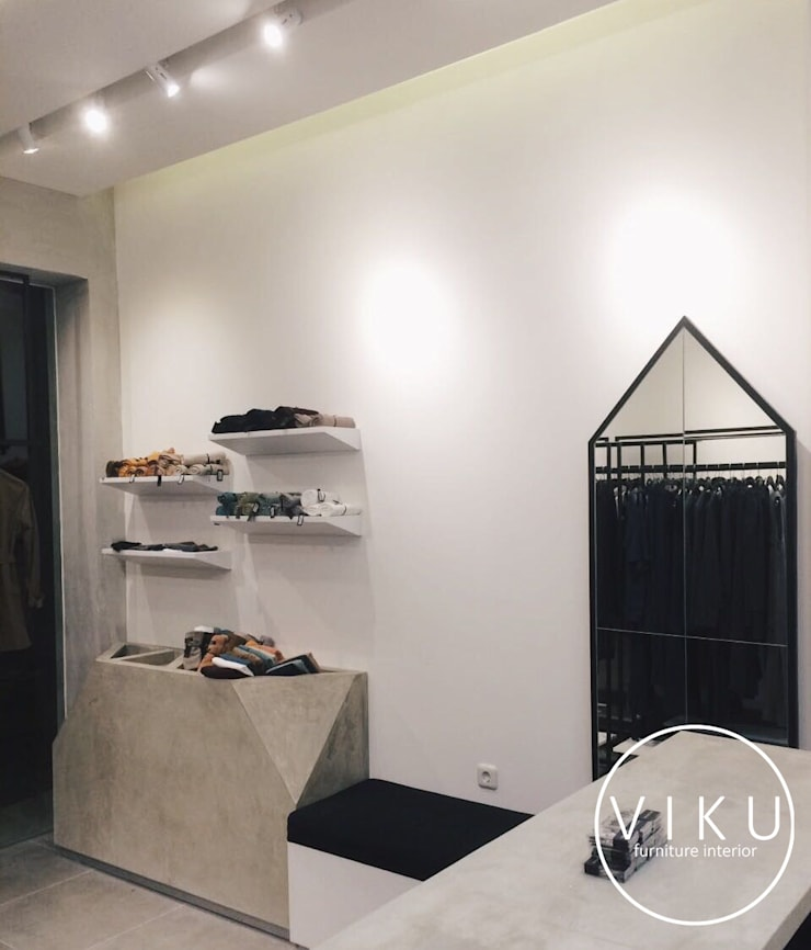Rashawl Store :  Office spaces & stores  by viku