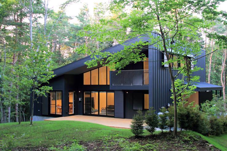 建物外観: TAPO 富岡建築計画事務所が手掛けた家です。