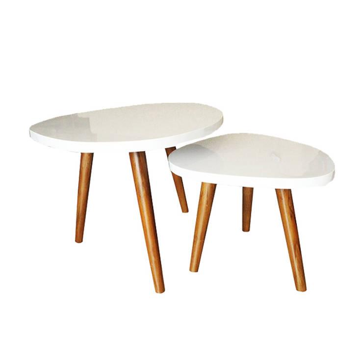 Ouvo Coffee table:  Living room by viku