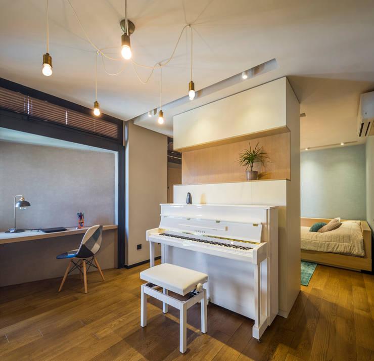 Slash Architects – Moda Evi:  tarz Yatak Odası