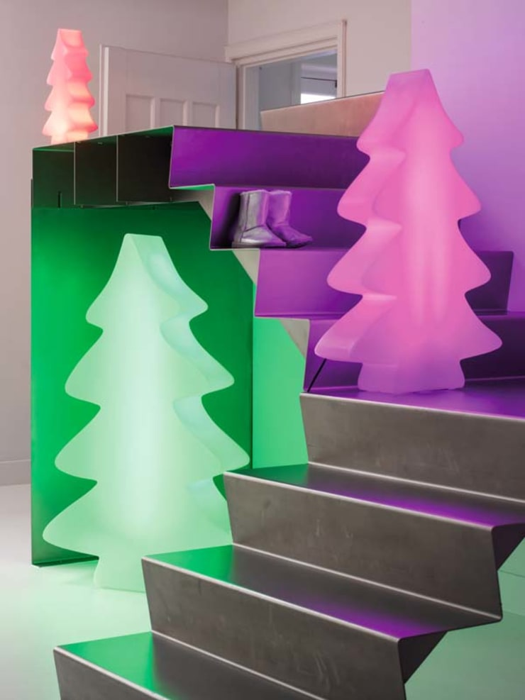 Moderne Weihnachtsbeleuchtung.Lumenio Led Baum Von Lumenio Homify