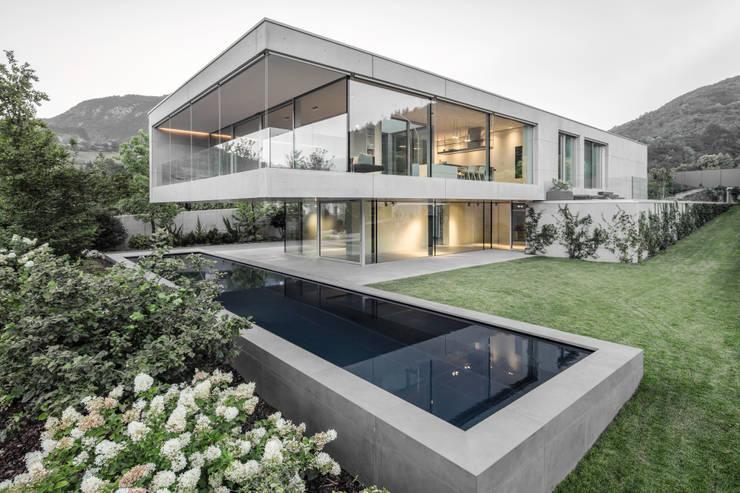 Casa MF: Villa in stile  di raro