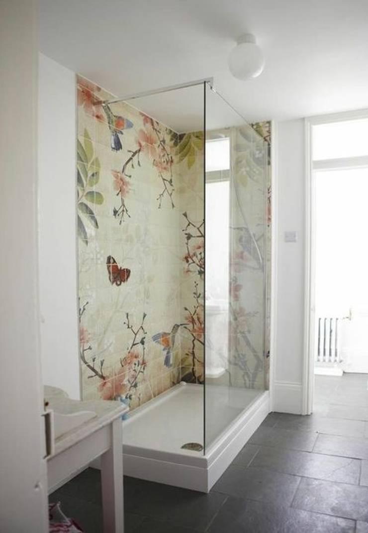 Washroom luxury :  Bathroom by Jasmine Interior Designs